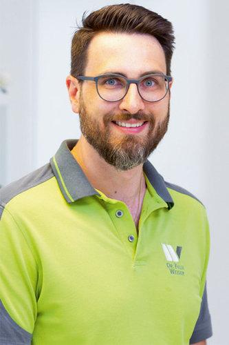 Dr. med. dent. Felix Weiser: Zahnärzte am Schlörplatz